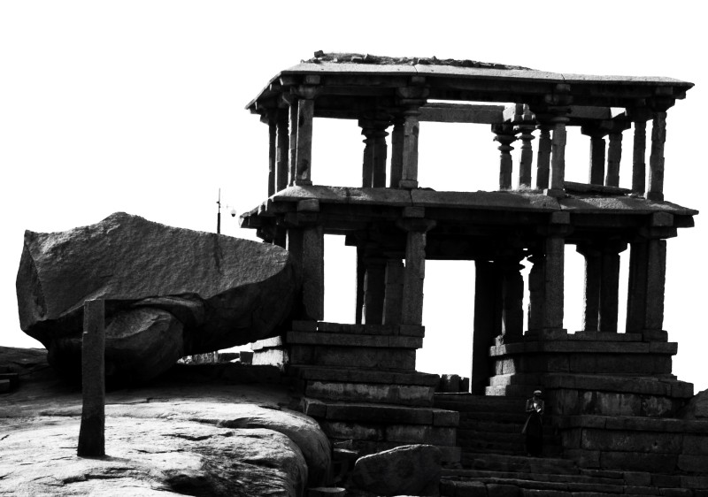 lost treasure,write tribe,hampi,praveen,throo da looking glass, phenomenon,civilization,bangalore blog
